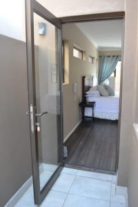 aluminium doors, glass door, aluminium patio doors, entry doors, hinged doors, access doors