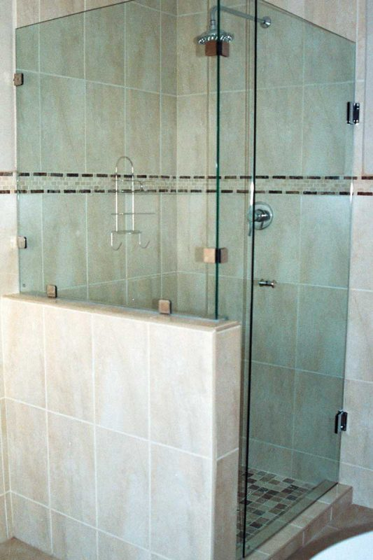 frameless shower door, frameless shower panel, over bath glass screen, glass shower, Sigmadoors