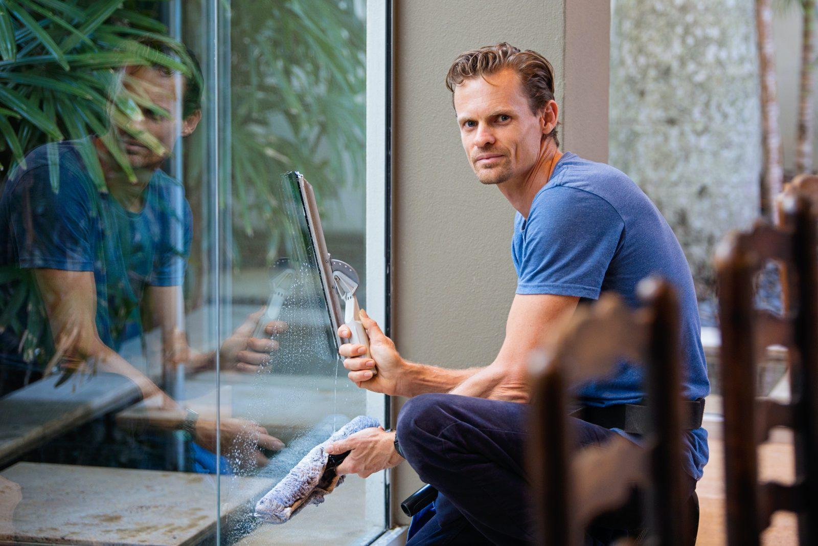 cleaning windows how to clean bi fold doors Sigmadoors