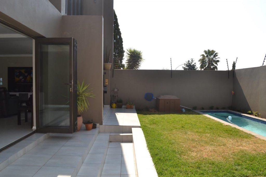 Aluminium folding doors modern aluminium folding sliding doors Durban contemporary Aluminium windows Johannesburg Cape town